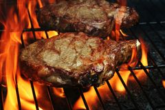 Gegrillte Steaks Stockfotos