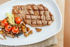 Gegrilltes Beefsteak Lizenzfreie Stockfotos