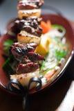 Gegrilltes Fleisch auf Grill Lizenzfreie Stockfotos