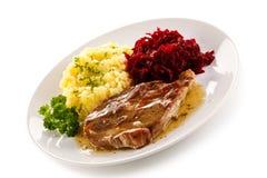 Gegrilltes Fleisch mit Kartoffeln stockbilder