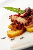 Gegrilltes gegrilltes Lebensmittel des Krakenrestaurant-Abendessens Meeresfrüchte, Stockfotos