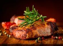 Gegrilltes Steaknahaufnahmedetail Lizenzfreies Stockfoto