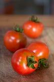 Gegroepeerde tomaten Stock Foto