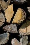 Gehakt brandhout in een stapel Stock Foto
