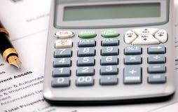 Gehaltsabrechnungsanalyse lizenzfreies stockbild