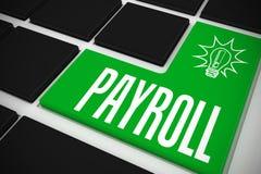 Gehaltsliste auf schwarzer Tastatur mit grünem Schlüssel Stockfotos