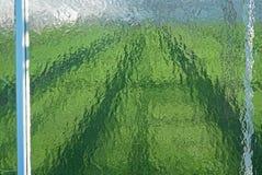 Gehamerd glas in serregeveltop stock afbeeldingen