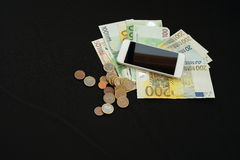Gehandeltes Geld on-line Stockfoto