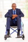 Gehandicapte Afrikaanse zakenman Royalty-vrije Stock Foto