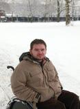 gehandicapte jonge mens Stock Afbeeldingen
