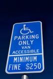 Gehandicapten die slechts Teken parkeren Royalty-vrije Stock Afbeelding