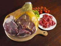 Geheel Italiaans crudoDi Parma van hamprosciutto Royalty-vrije Stock Fotografie