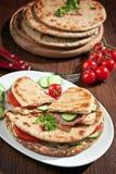 Geheel tarwe vlak brood sandwitches Royalty-vrije Stock Afbeelding