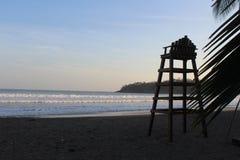 Geheim tropisch strand in de Vreedzame Oceaan royalty-vrije stock afbeeldingen