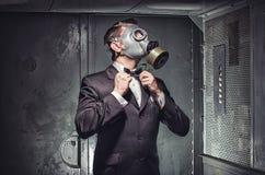 Geheimagent, Terrorist oder Geschäftsmann der Apocalypse? stockfotografie