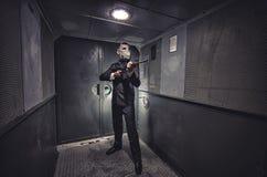 Geheimagent, Terrorist oder Geschäftsmann der Apocalypse? lizenzfreies stockbild