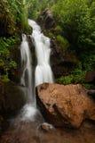 Geheime waterval Stock Afbeeldingen