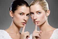 Geheimnisse der Frauen stockbilder