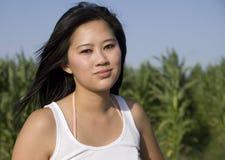Geheimnisvolle asiatische Frau Stockfotografie