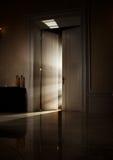 Geheimnisvolle Strahlen der Leuchte lizenzfreies stockbild