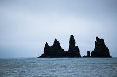 Geheimnisvolle, unheimliche Insel in Island lizenzfreies stockfoto