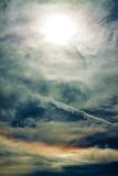 Geheimzinnige hemel en wolken Stock Afbeelding