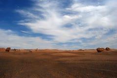 Geheimzinnige woestijn Luobupo Stock Afbeeldingen