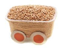 Gehele korrel van tarwe in het vervoer stock afbeeldingen