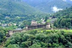 Gehele mening van kasteel Montebello stock afbeelding