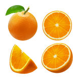 Gehele oranje die fruit en plakken op witte achtergrond wordt geïsoleerd Knippende weg Royalty-vrije Stock Fotografie