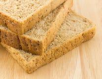 Gehele tarwe bread Stock Afbeeldingen
