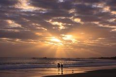 Gehen auf den Strand Lizenzfreie Stockfotografie