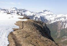 Gehen auf einen Berg Lizenzfreie Stockbilder