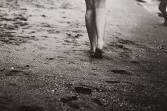 Gehen auf Sand Stockbilder