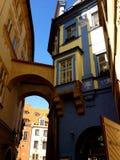 Gehen die Straßen von Prag Lizenzfreie Stockfotos
