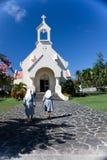 Gehen in eine Kirche Lizenzfreies Stockbild