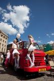 Gehen Parade in Riga blonde Lizenzfreie Stockbilder