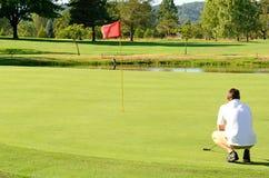 Gehen Sie Golf zu spielen stockfoto