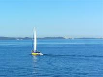 Gehen Sie zu segeln lizenzfreies stockbild