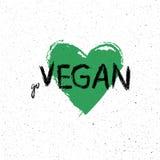 Gehen Vegan Motivplakat oder Fahne mit Beschriftungsphrase auf grüne Hand gezeichnetem Hintergrund mit Blättern Stockfoto