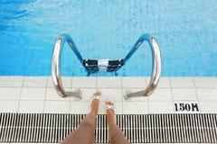 Gehen zu schwimmen Stockbilder