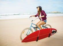 Gehen zu surfen stockfotos