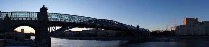 Gehende Brücke in Moskau Lizenzfreies Stockfoto
