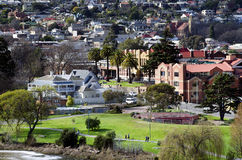 Gehende Leute, Könige Park, Launceston, Tasmanien Stockbild