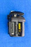 Geheugencontactdoos van oud DSLR-cameralichaam Stock Afbeelding