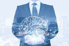 Gehirn und Blitze Stockbilder