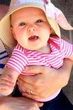 Gehouden Baby stock foto's