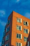Gehry byggnader av den Dusseldorf hamnen Arkivbilder