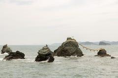 Gehuwde Rotsen, Meoto Iwa, Mie Japan royalty-vrije stock afbeelding