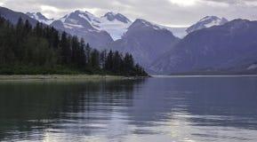 Geike垂悬的冰川  图库摄影